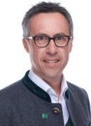 Bessere Ernten bei Ölfrüchten trugen laut Bauernbund-Präsident Abg. z. NR Georg Strasser u. a. zum bäuerlichen Einkommensanstieg bei.