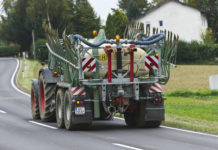 Traktor und Landmaschine im Straßenverkehr stehen im Fokus des ÖKL-Kolloquiums.