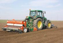 Dank optimaler Bestelltechnik und genügender Bodenfeuchte wird die Sommergerste rasch auflaufen.