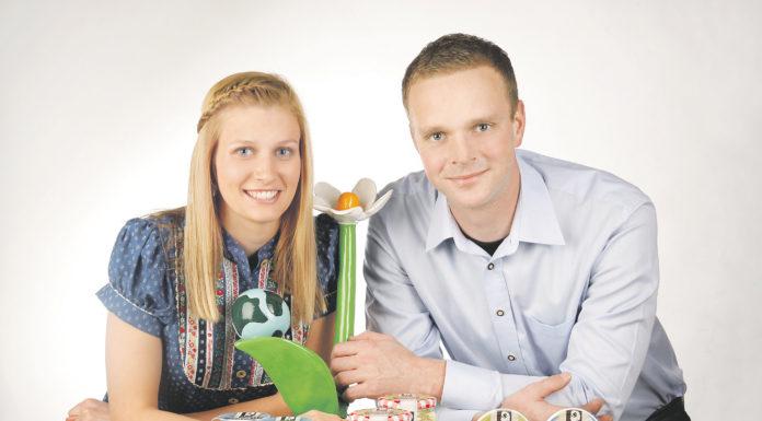 Antonia Krenn und Michael Mandl verarbeiten die Biomilch ihrer 100 Ziegen zu hochwertigen Käse- und Joghurtspezialitäten. Ihr Betriebskonzept wurde 2015 mit dem Österreichischen Klimaschutzpreis ausgezeichnet.