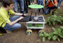 """Beispiele für Innovationen in der Landwirtschaft liefern die jährlichen """"Field Robot Events"""" der DLG. Der nächste Termin der Veranstaltung ist 14. bis 16. Juni 2016."""
