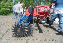 Hatzenbichler Rotorstriegel Spider - einzeln aufgehängte Rollsterne