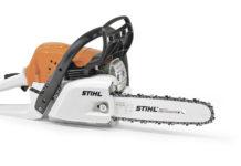 Handliche Stihl-Motorsäge für Holzarbeiten.