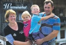 Eine starke Familie: Alexandra und Martin Kammerlander mit ihren Kindern Florian und Anna Maria