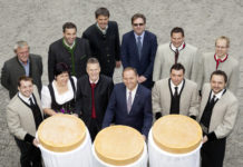 Zehn Tiroler Kleinsennereien errichten eine überbetriebliche Käseschneide- und Verpackungsanlage.