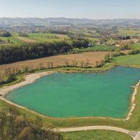 Grundwassersee mit einer Wasserfläche…